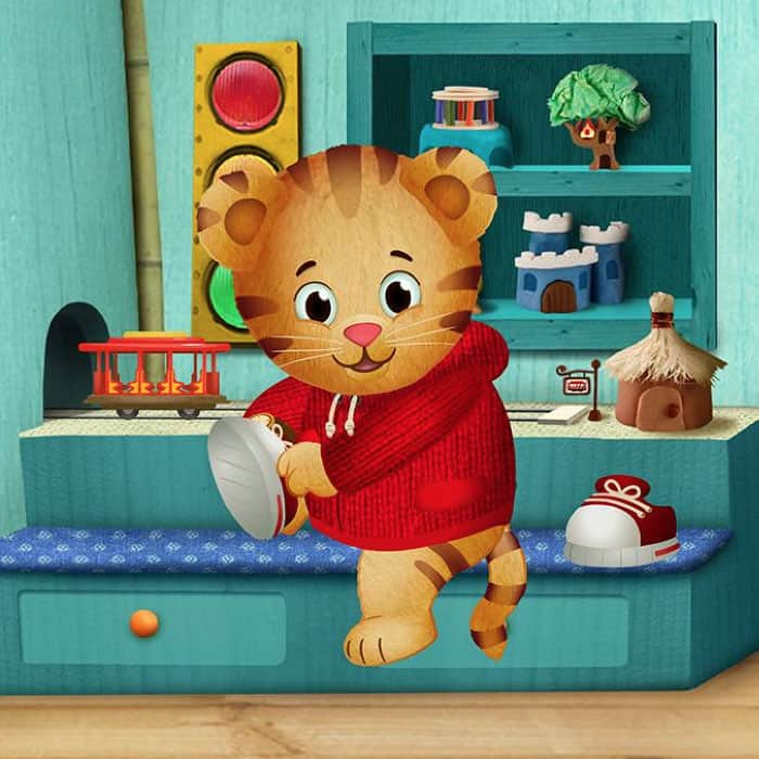 daniel tiger putting on shoes