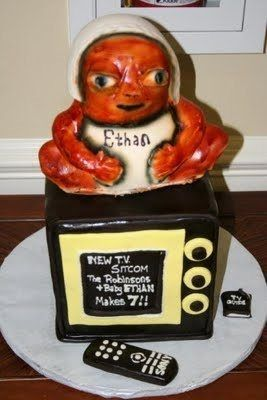 messed up baby shower cake