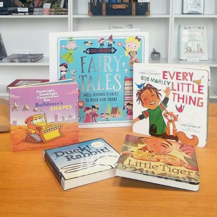 Books from Lillyclub baby subscription box