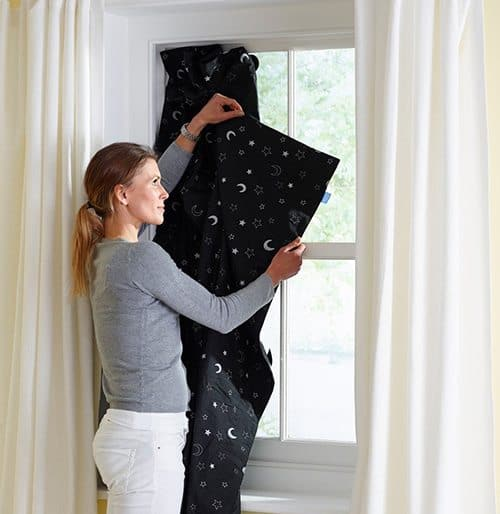 Best Baby Travel Products: portable blackout curtain