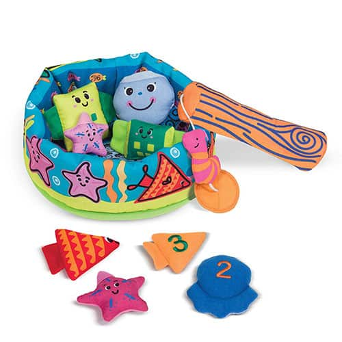 Melissa & Doug's Fish and Count Learning Game