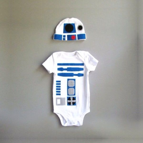 R2D2 onesie and hat