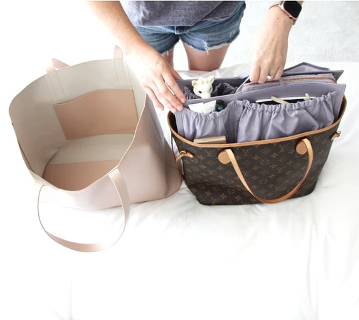 moving totesavvy insert from one bag to another