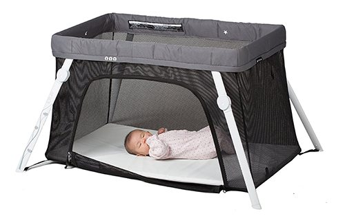 Best Baby Travel Products: Lotus travel baby sleep crib